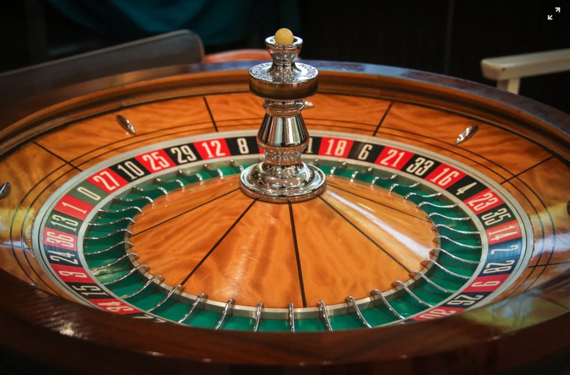 Why Casinos Love and Fear Baccarat